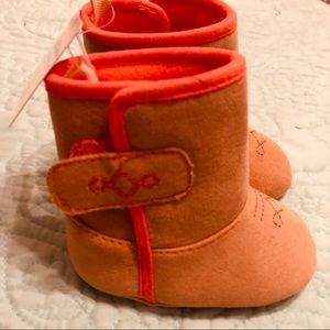 Infant Soft Boots Tan 3-6 mos. NWT